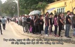 Hàng nghìn người xếp hàng chờ viếng Đại tướng
